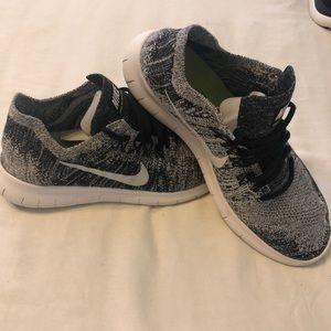 Shoes - Nike Free Rn Flyknit 2017